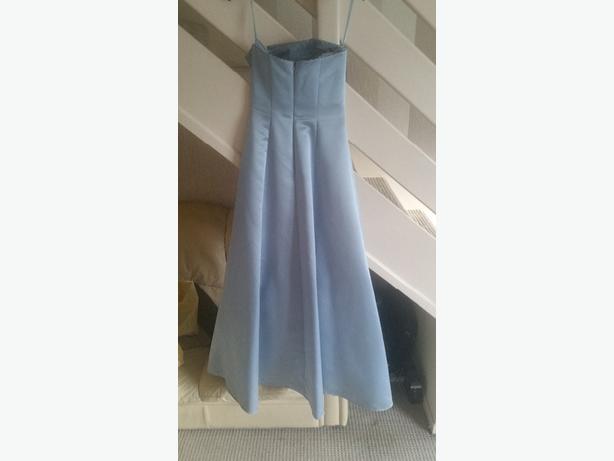 dress size 8 / 10