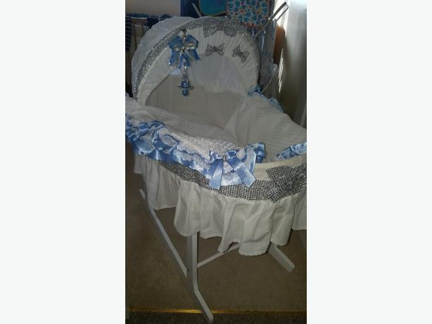 bling moses basket