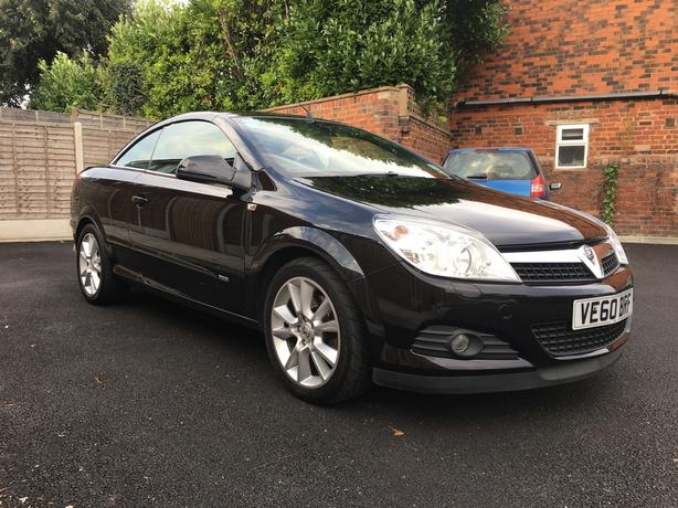 Vauxhall Astra Twintop 1.9CDTI