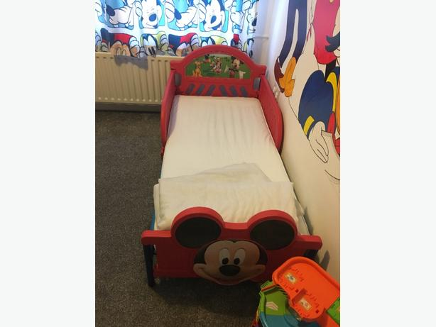 micky items bedroom