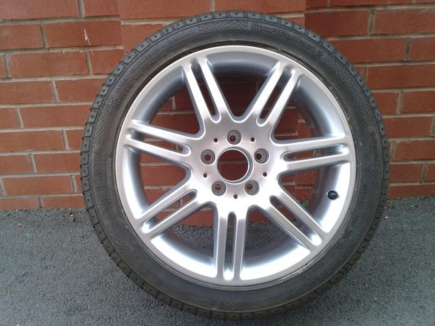Mercedes 17 inch 7 Twin Spoke Alloy Wheel and Tyre,