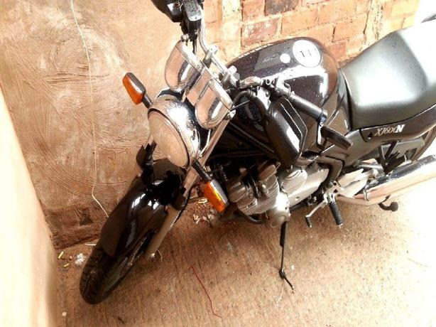 Yamaha Xj600n (p/x welcome)