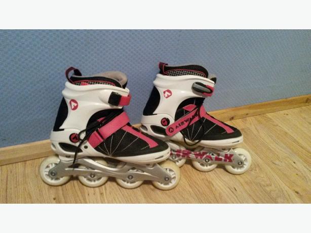 air walk skates size 6