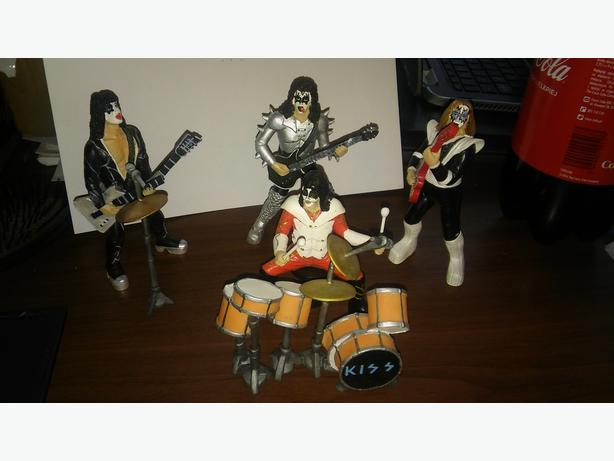 KISS figures complete band rare