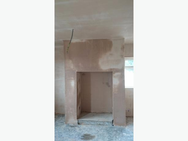 PLASTERING SERVICES : 07854508082