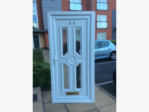 Door oldbury wolverhampton for Upvc front doors for sale