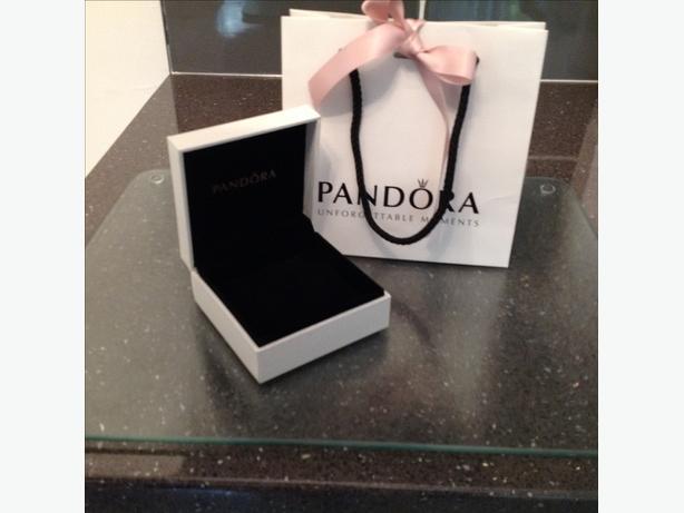 PANDORA BANGLE BOX AND BAG