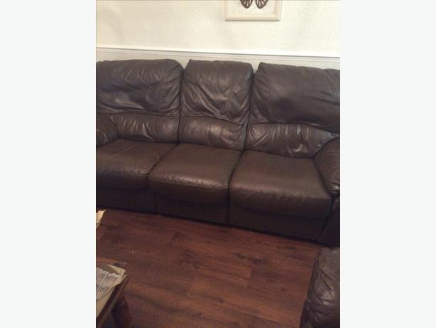 FREE to collector 3 & 2 seater brown leather reclining sofas