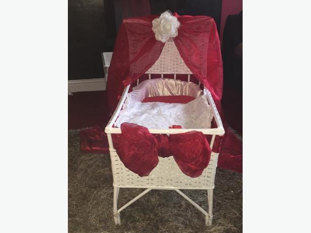 bespoke custom crib