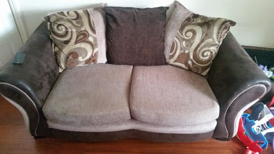 Dfs Sofa And Double Cuddle Chair Rrp 1200 Dudley Dudley