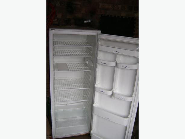beko larder fridge