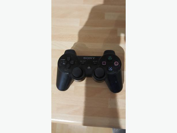 2x playstation 3 controllers