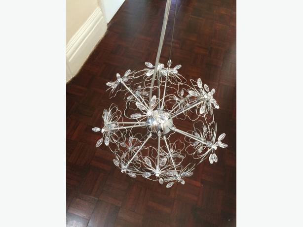 ceiling light/chandelier