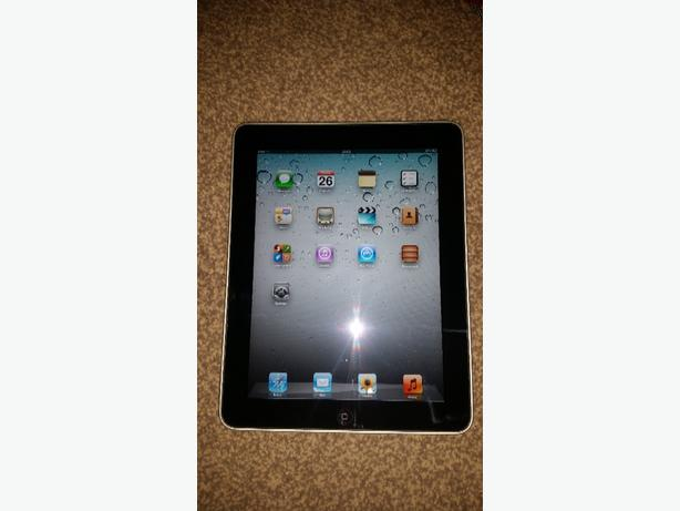 BLACK I PAD ORIGINAL 1ST GENERATION