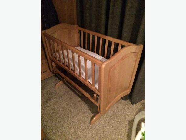 mamas&papas gliding crib