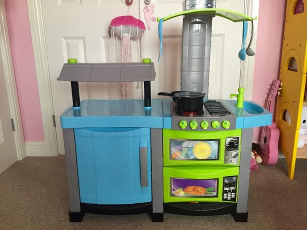 kitchen playset
