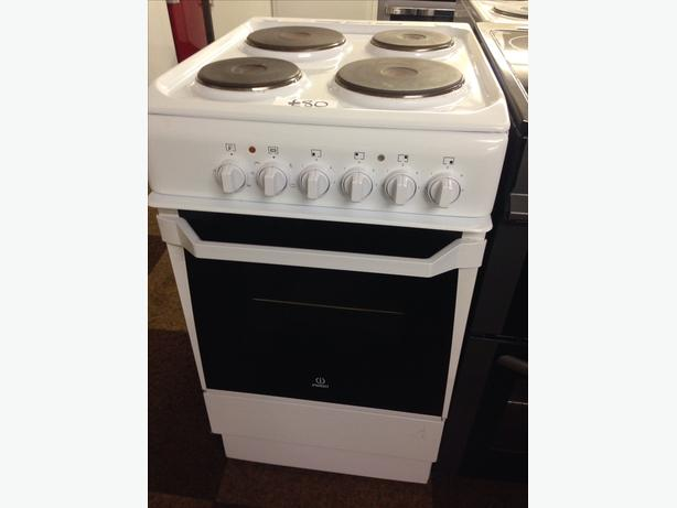 INDESIT SINGLE CAVITY ELECTRIC COOKER01