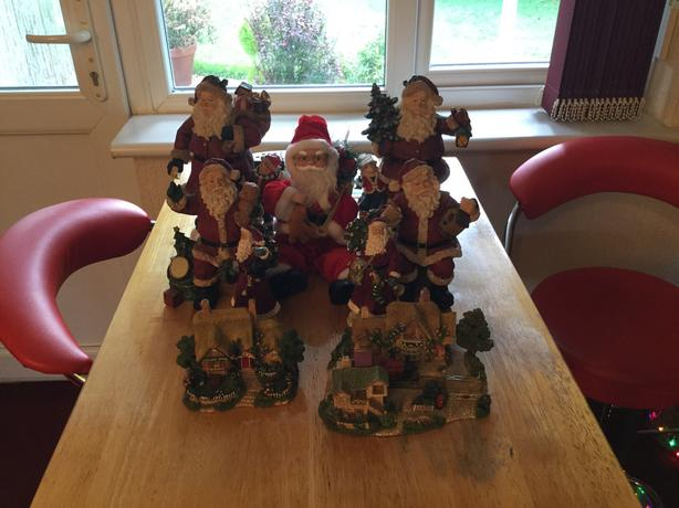 Xmas decorations 9 items good condition