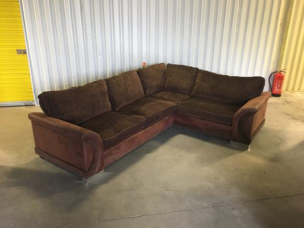 Fabric corner sofa in very good condition - very comfortable // free delivery