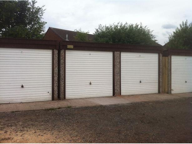 WANTED - GARAGE OR SMALL UNIT