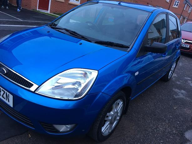 ford fiesta ghia 2005 1 4 12 months mot full service history bargain walsall sandwell. Black Bedroom Furniture Sets. Home Design Ideas