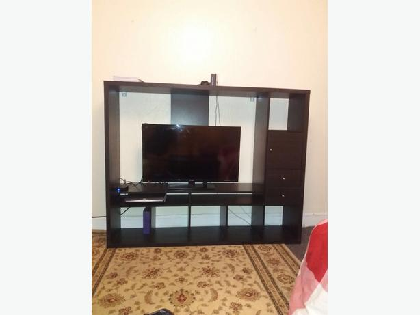 wardrobe and tv unit in good condition