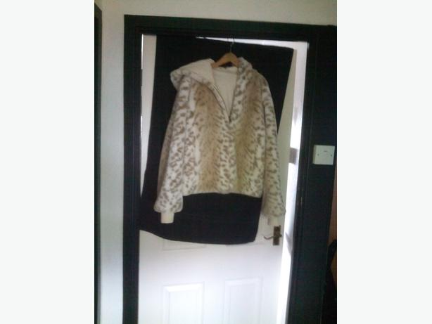 Fur jacket reversible