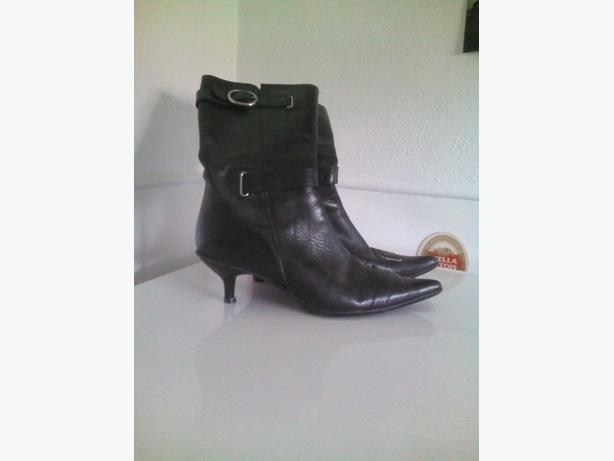Sara bruni boots imported