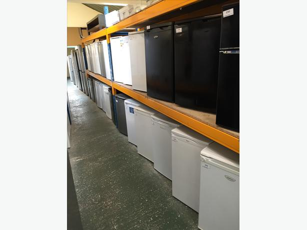 🎈 undercounters washers Fridgefreezers dryers cal for best prices