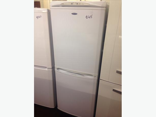 HOTPOINT FRIDGE FREEZER82