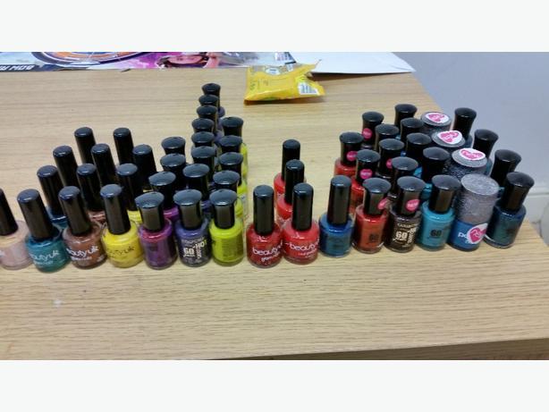 job lot of nail varnish