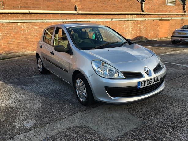 Renault Clio 1.6 Automatic, 2006 model, long mot very good drive