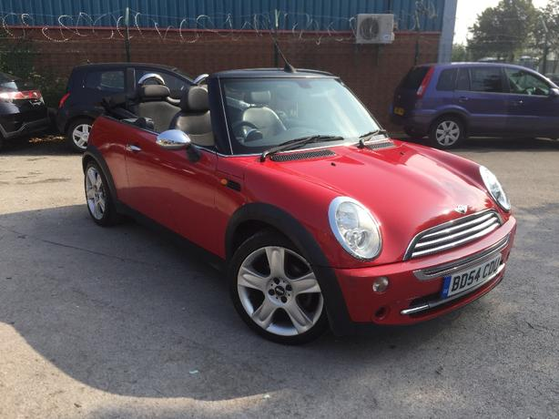 Mini Cooper Convertible 54 reg
