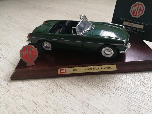 MGB ROADSTET DELUXE.