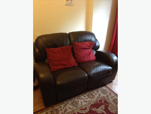 2 and 3 seat settee