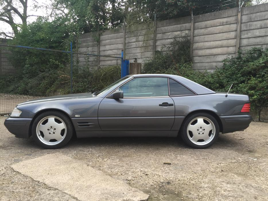 1996 Mercedes Benz Sl320 Hard Top Full Service History