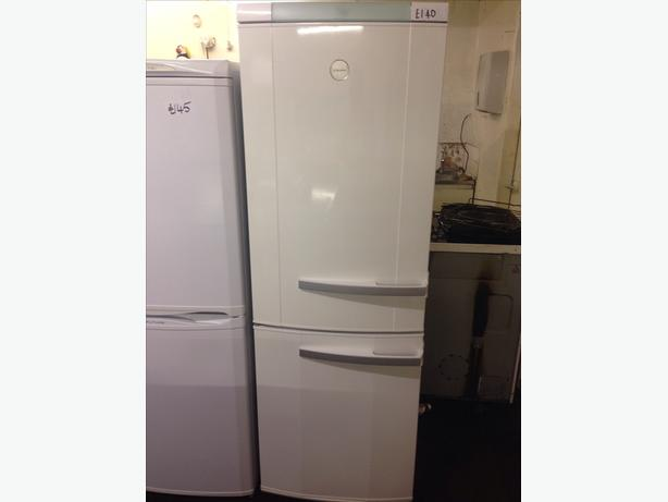 ELECTROLUX FRIDGE FREEZER003