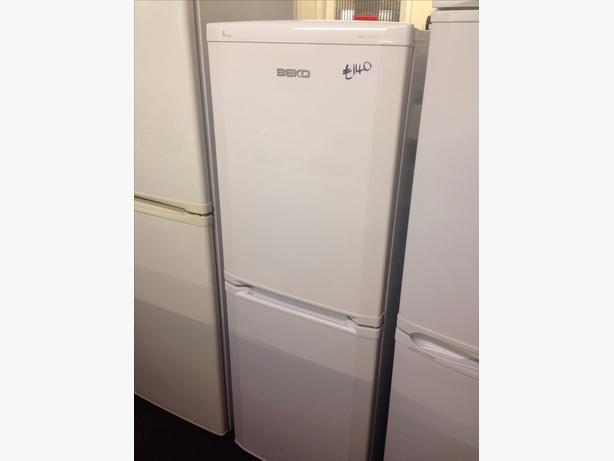 BEKO FRIDGE FREEZER FROST FREE2