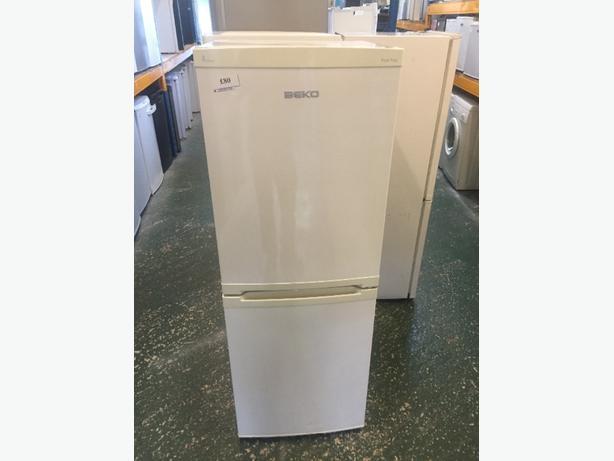 ☀️beko a class fridgefreezer cal 01902 863838