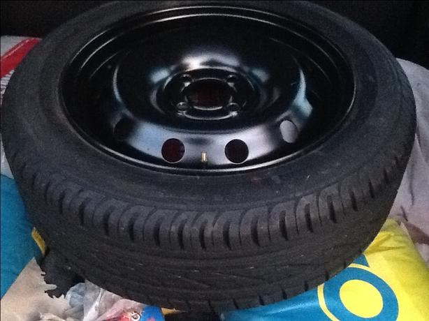 185/55/15 continental tyre on steel rim brand new