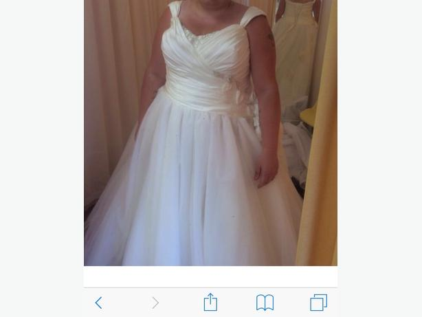 Sonsie Veromia 91060 in Ivory wedding dress plus size