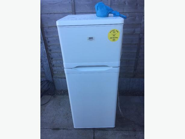 4 foot fridge freezer