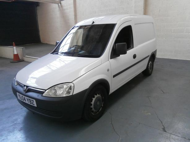 2004 VAUXHALL COMBO 1.7 DI PANEL VAN, NO VAT TO PAY