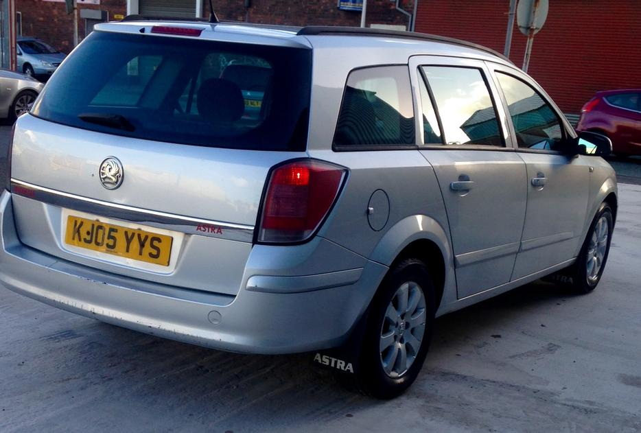 2005 vauxhall astra 1 7 cdti estate sandwell sandwell. Black Bedroom Furniture Sets. Home Design Ideas