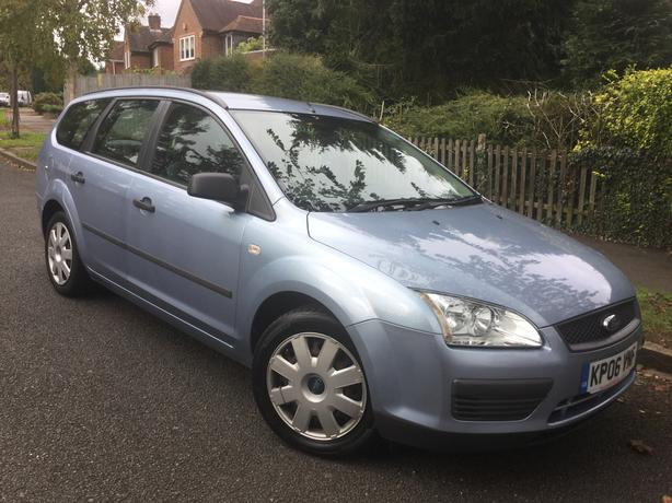 Ford Focus 1.6i LX Auto estate with FULL MOT – V RARE CAR !