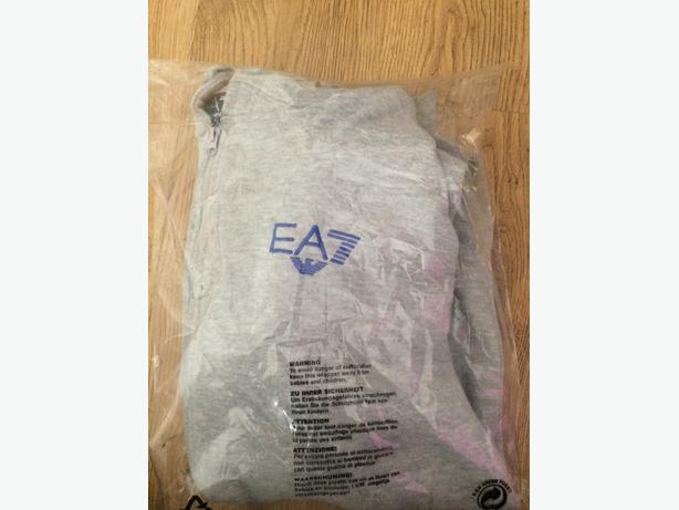 ea7, armarni jacket
