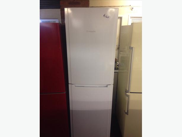 HOTPOINT FRIDGE FREEZER00