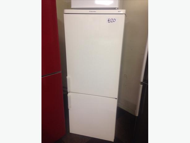 ELECTROLUX FRIDGE FREEZER3