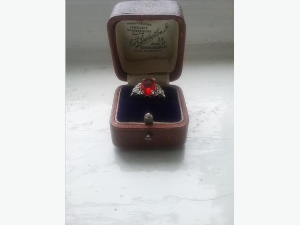 Vintage 925 ruby ring