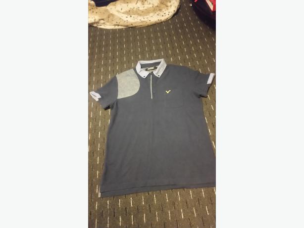 Mens Size Small Voi Tshirt